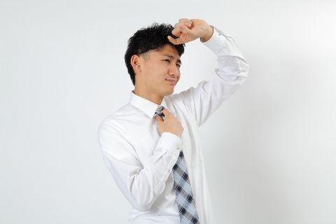汗をかきやすいサラリーマンの男性