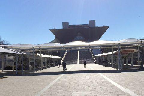 コミケが開催される有明の東京国際展示場
