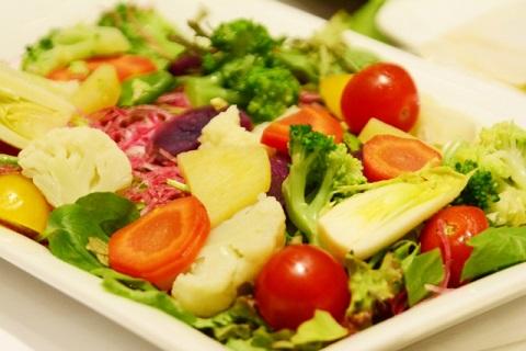 ビーツの野菜サラダ